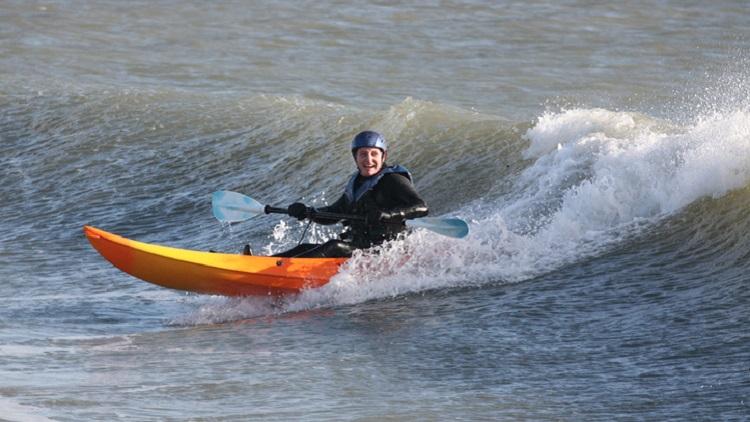 Adventure Kayak Surfing