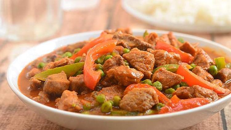Filipino Lunch Buffet - Kolekole Bar & Grill